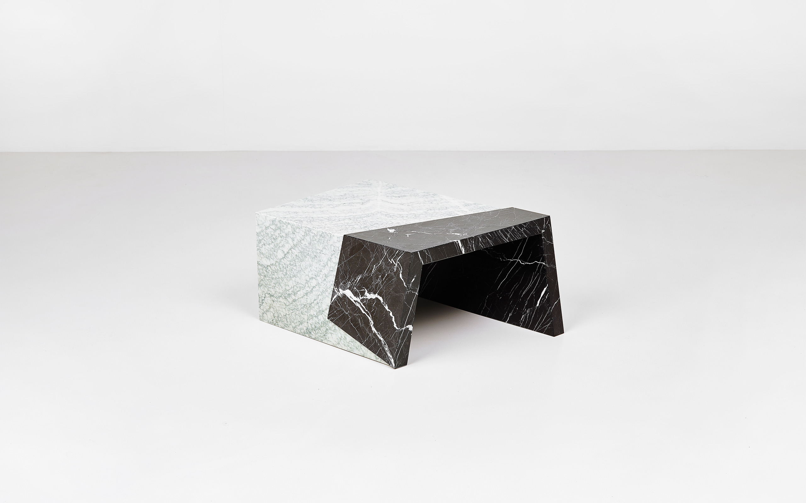 Coffee table The Other Side di Pierre Gonalons | Paradisoterrestre