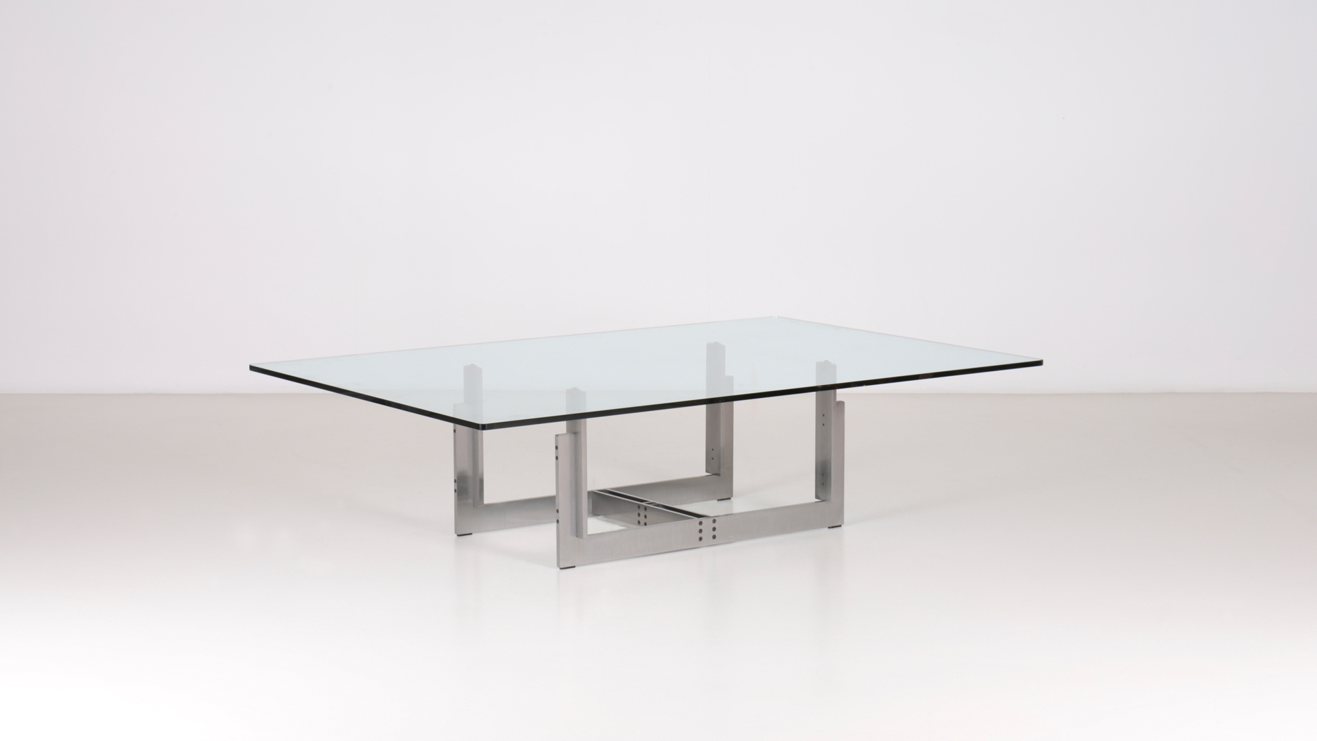 Florian low table by Carlo Scarpa | Paradisoterrestre