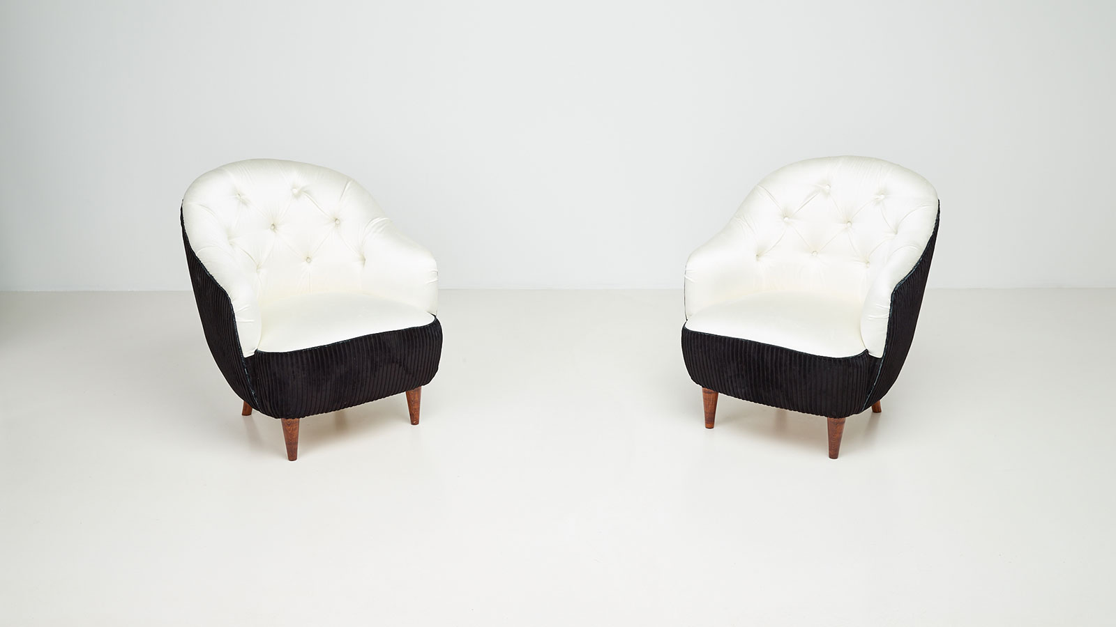 Armchairs by Gio Ponti | Paradisoterrestre