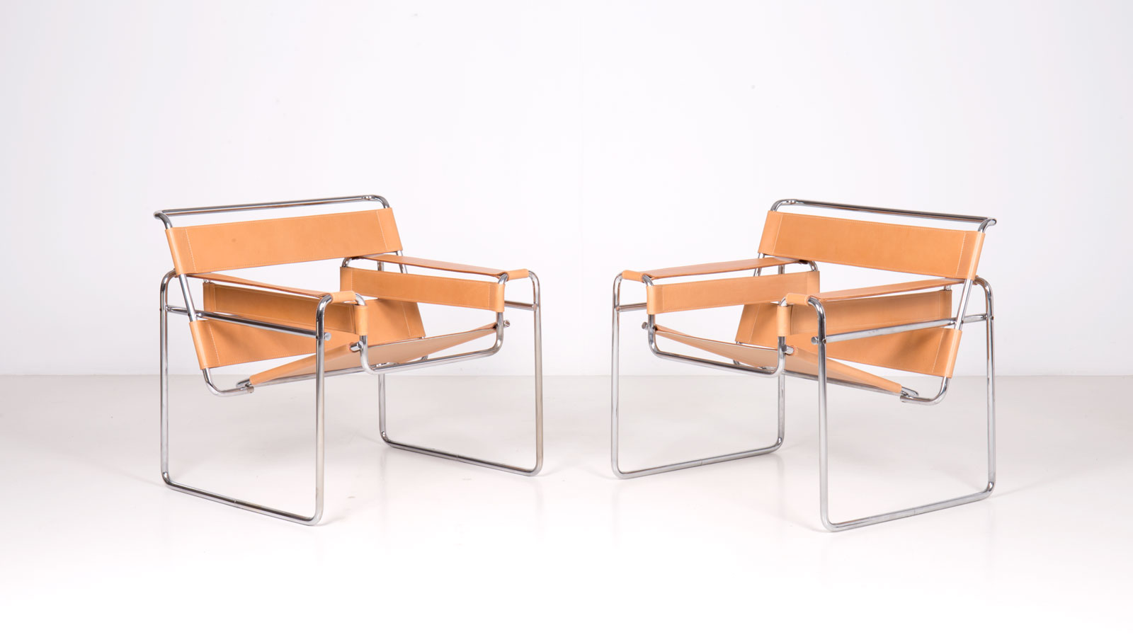 Wassily chairs by Marcel Breuer | Paradisoterrestre