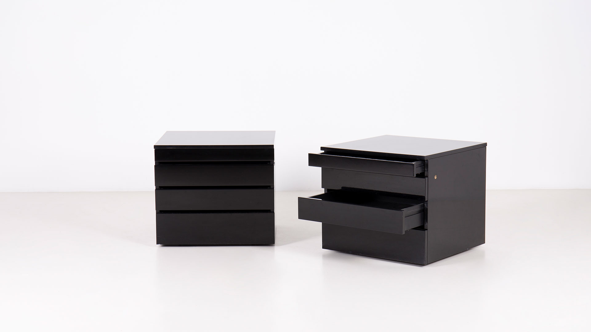 Orseolo drawer units by Studio Simon | Paradisoterrestre