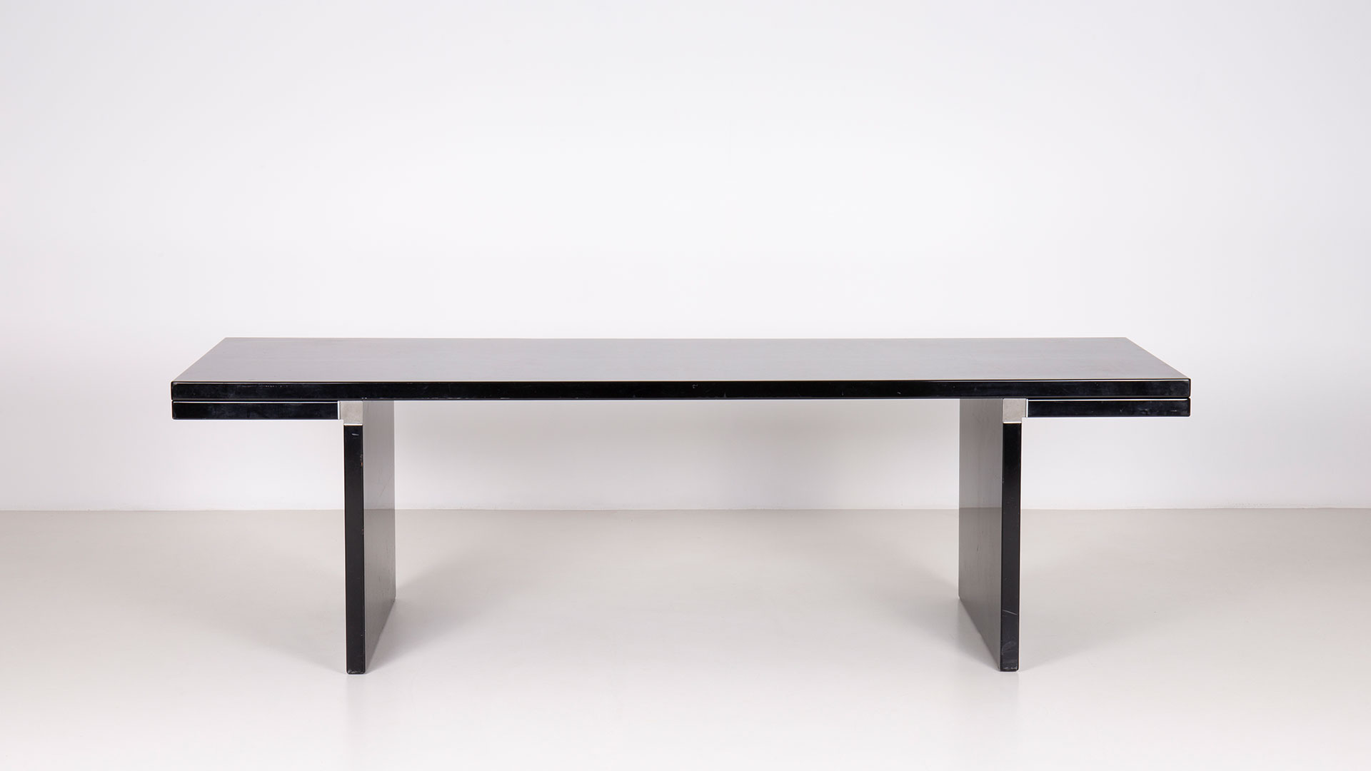 Orseolo table by Carlo Scarpa | Paradisoterrestre