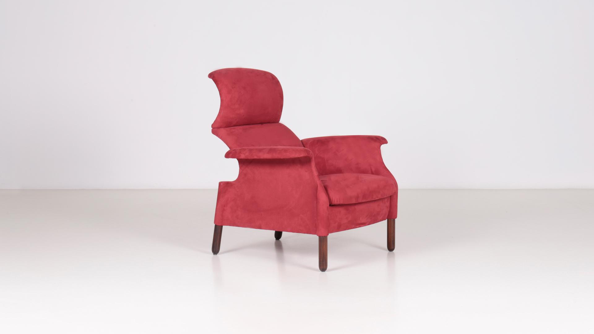 Sanluca armchair by Achille and Pier Giacomo Castiglioni | Paradisoterrestre