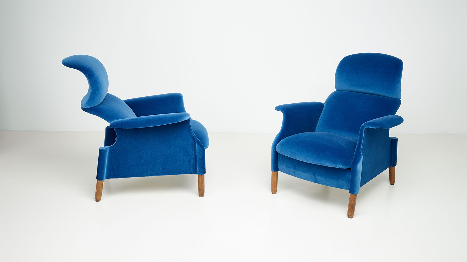 Sanluca armchairs by Achille and Pier Giacomo Castiglioni | Paradisoterrestre