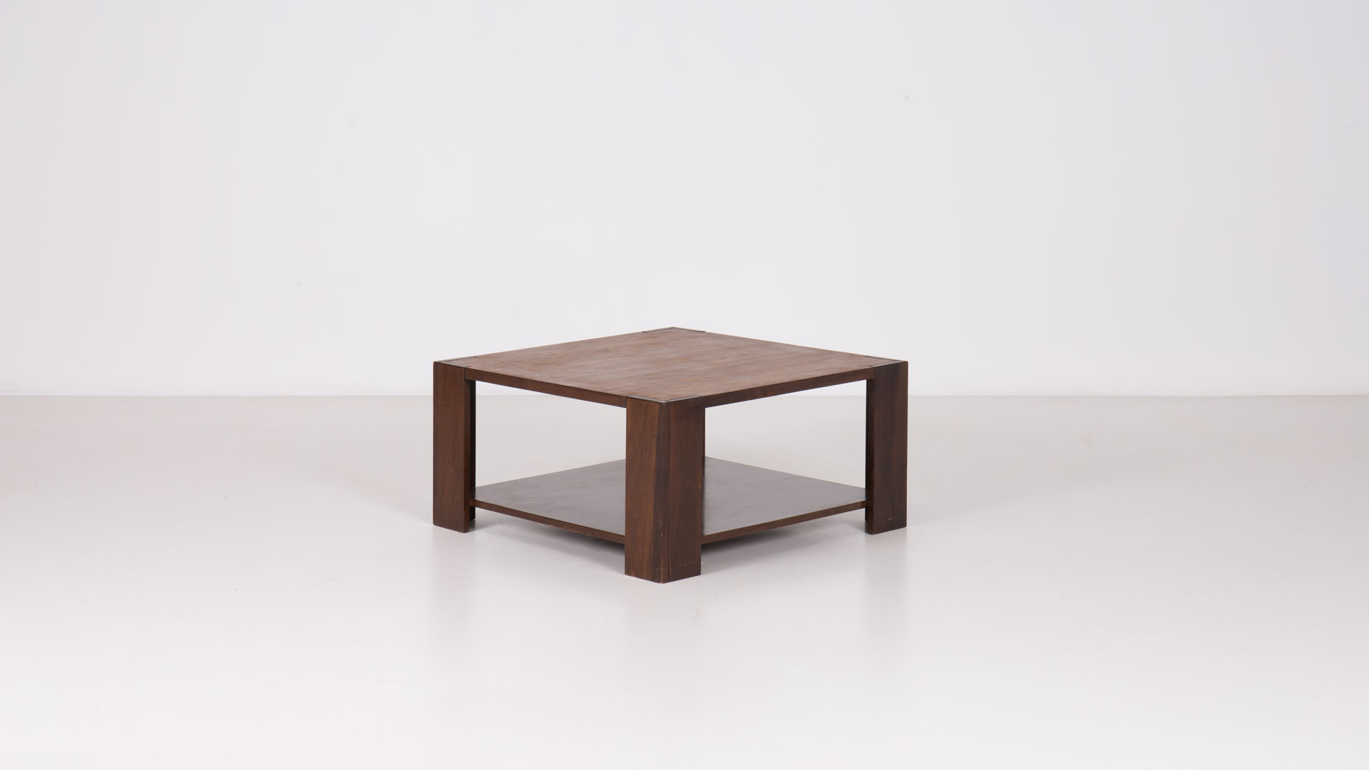Bastiano low table by Tobia Scarpa | Paradisoterrestre