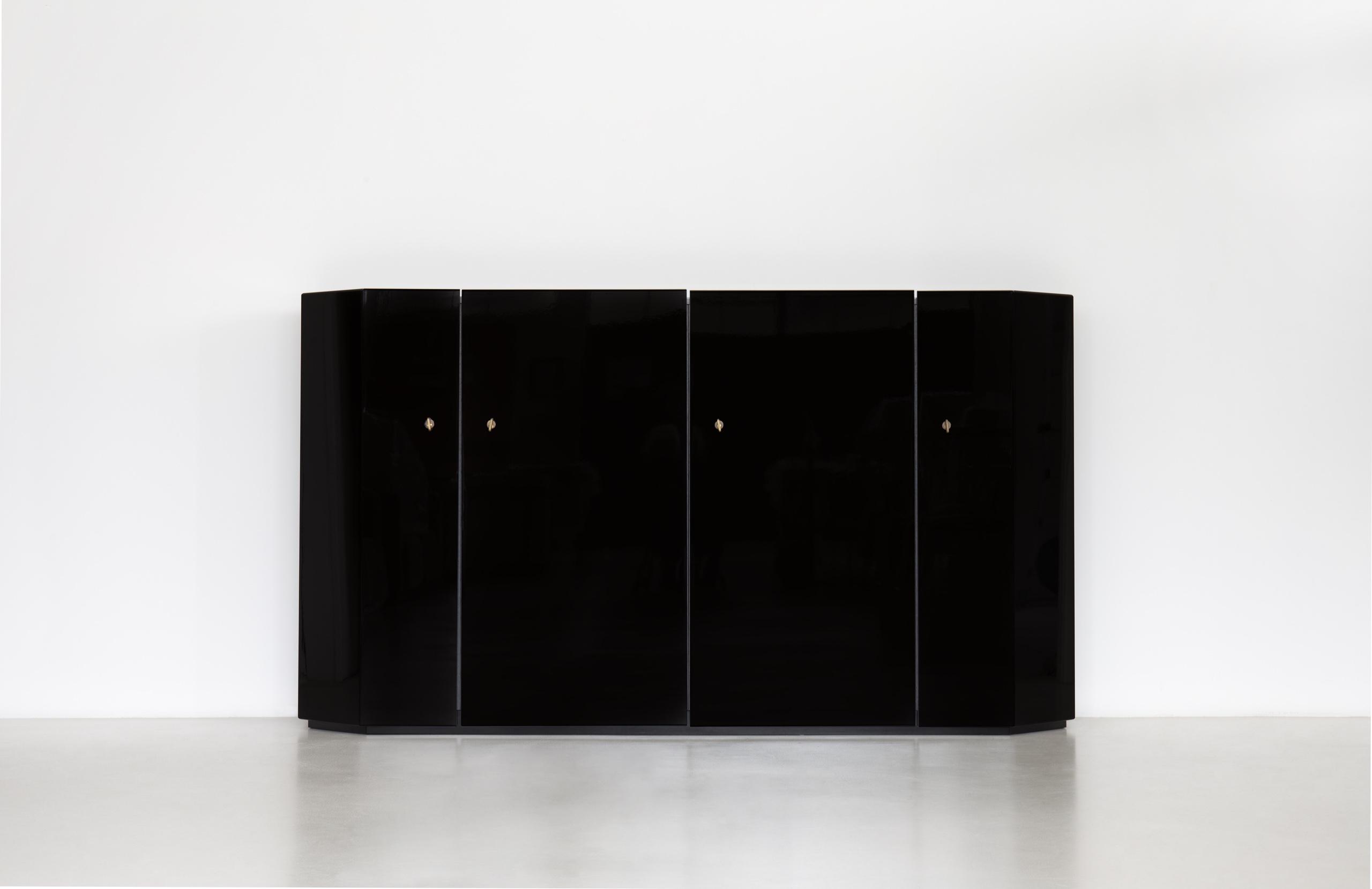 Bramante 4 sideboard by Kazuhide Takahama | Paradisoterrestre