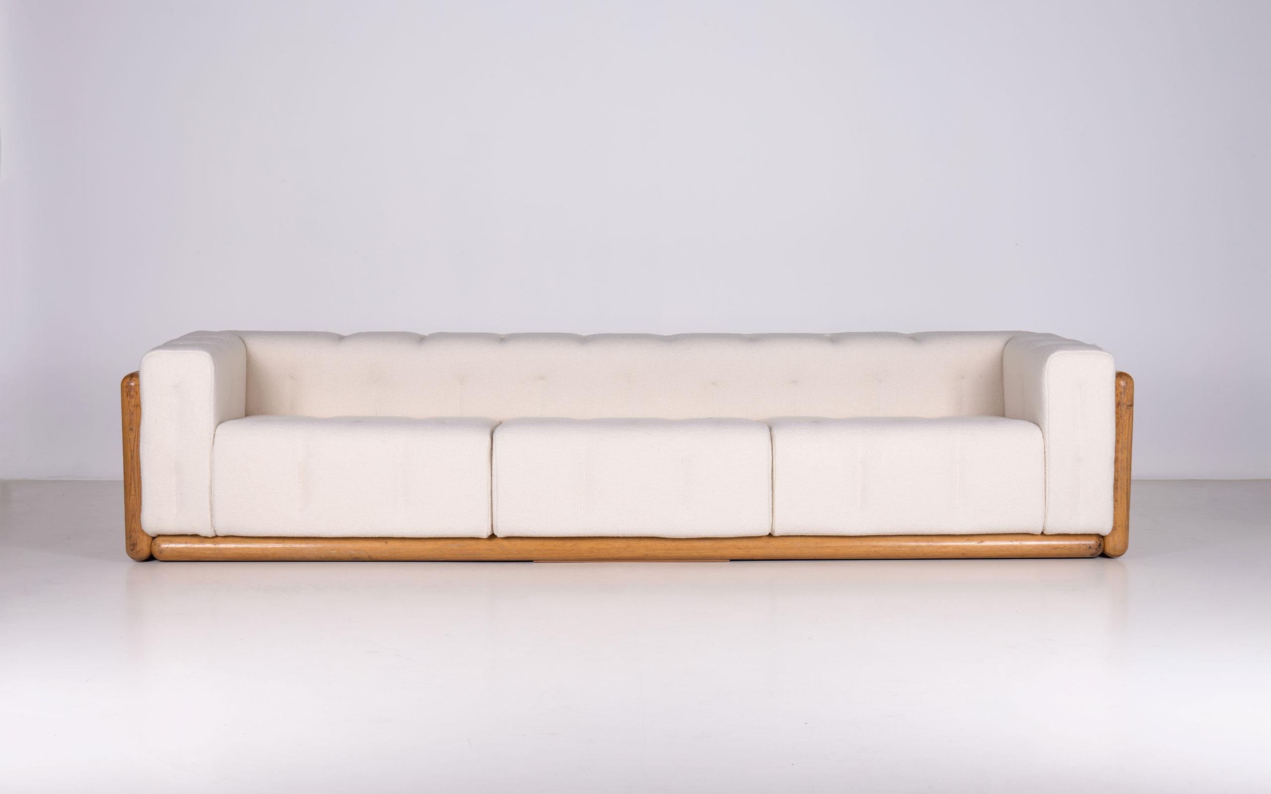 Cornaro 300 sofa by Carlo Scarpa | Paradisoterrestre